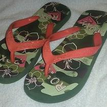 Roxy Flip Flops Women's Size 6 Coral and Camo Sandals in Good Condition Camo Photo