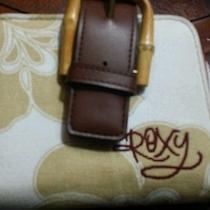 Roxy Wallet Photo