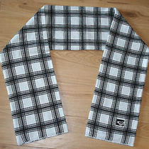 Roxy White & Black Plaid Scarf Winter Photo