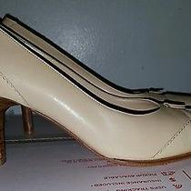 Salvatore Ferragamo Pumps Patent Leather Brogue Size 8.5 B Capped Toe Photo