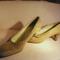 Salvatore Ferragamo Tan Suede & Calfskin Pumps W/leather Bows & Stitching 7.5b Photo