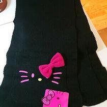Sanrio Hello Kitty Acrylic Black Bow Scarf With Pockets Photo