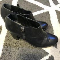 Schutz Black Leather Round Toe Side Zip Block Heel Ankle Boots Women's Size 6.5 Photo