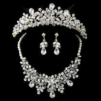 Silver Freshwater Pearl Swarovski Crystal Bead and Rhinestone Tiara Jewelry Set Photo