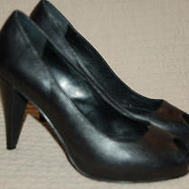 Simply Vera Vera Wang Size 6.5 M Black Heels Pumps Clasics Leather Open Toe Photo