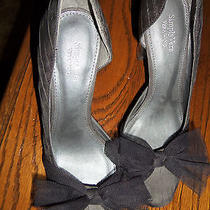 Simply Vera Wang Gray Charcoal  Fabric Bow  Pumps Heels Shoes  Photo