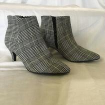 Simply Vera Wang Renata Black White Grey Plaid Ankle Boots Sz 5.5 Luxe Comfort Photo