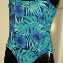 Size 14 1-Piece Tank  Aqua Floral Swim Suit - Speedo Photo