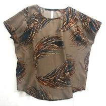 Size S - Kensie Women's Brown Feather Print Stretch Crepe Short Sleeve Top Photo