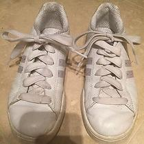 Sketchers White Leather Tennis Shoes With Rhinestone Detail Size 6 Photo