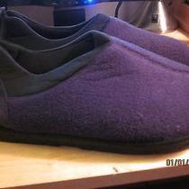Slippers-Shoes Men/women 10-11 Avon Photo