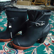 Sorel Waterproof Boots Size 7.5  With Platform New Photo