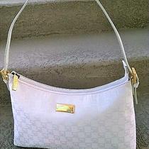 St. John Shoulder Handbag Photo