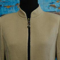 St. John Size 4 Knit Blazer Full Zip Mandarin High Neck Beige Navy Trim Sequins Photo