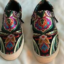 Steve Madden 7.5 M Fantastic Embroidered Shoes Unique. Great Condition Photo