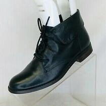 Steve Madden Black Leather Ankle Boots Bootie Size 7.5 M Photo