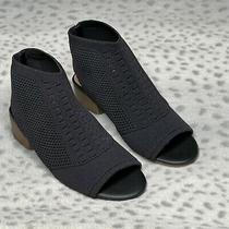 Steve Madden Jevers Sandal Low Block Heel Girls Size  13 Stretch Knit Open Toe Photo
