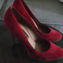 Steve Madden Lemore 8.5 Suede Leather Red Platform Pump Heels 4.5