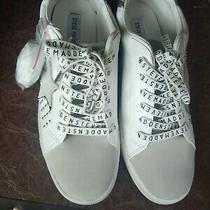 Steve Madden Sneakers 9 Nwot Photo