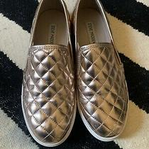 Steve Madden Womens 8 Sneaker Ecentrcq Slip on Quilted Rose Gold Casual Lounge Photo