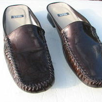 Stuart Weitzman Coppery Brown Patent Leather Mules Slides Shoes Size 8.5 Aaaa Photo