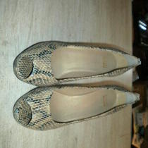 Stuart Weitzman Gold Snake Pattern Open Toe Pumps 10.5m Photo