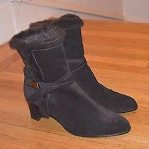 Stuart Weitzman Women's Dark Brown Suede Faux Fur Lined Ankle Boots(sz 9)- 355 Photo