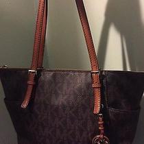 Stunning Michael Kors Handbag Photo