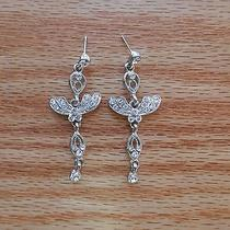 Stylish Bridal Earrings With Clear Swarovski Crystals E1168a Photo