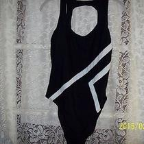 Sun Streak by Newport News One Piece Swimsuit Sz. 14 Black/white Excellent Cond. Photo