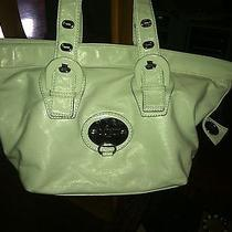 Super Cute White Guess Purse Great Gift Photo