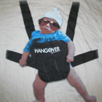Super Graphics the Hangover Baby Carrier Sunglasses Picture Creme T Shirt-L/m Photo
