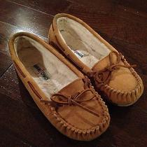 Tan Brown Minnetonka Moccasins Photo