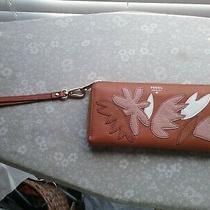 Tan Fossil Wristlet/clutch Wallet Applicade Leather Beautiful  Photo