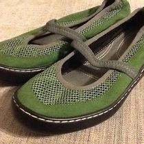 Terrsasoles Green Micro Suede Mary Jane Flats Womens Shoes of Comfort Size 7m  Photo