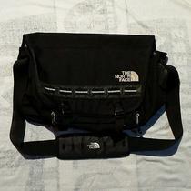 The North Face Computer Laptop Crossbody Messenger Bag Organizer Shoulder Black Photo
