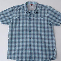 The North Face Mens Vented Outdoor Hiking Blue Plaid Shirt Photo