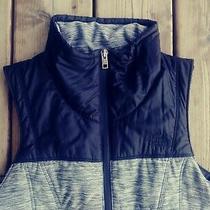 The North Face Womens Pseudio Dark Heather Gray Black Insulated Vest Sz Xs Photo