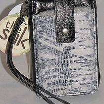 The Sak Leather Iris Smartphone Iphone Wristlet Black & White Exotic 105474 Nwt Photo