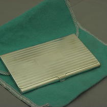 tiffany&co Engine-Turned Business Card Case in Sterling Silver . Photo