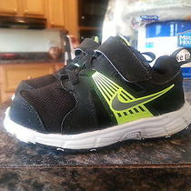 Toddler Black Nike Darts Size 8 Photo