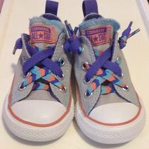 Toddler Unisex Converse Slip-on Low Tops- Size 5  Photo