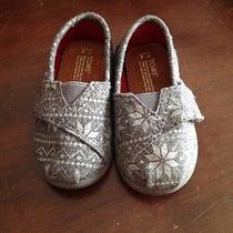Tom's Infant Shoes Photo