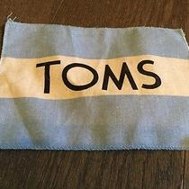 Tom's Shoe Dust Cloth Photo