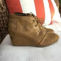 Tom's Women's Brown Gold Metallic Lace Up Desert Wedge Bootie Size 8.5 Euc Photo
