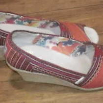Tom's Womens High Heel Shoes Size 9 Multicolored Reddish Photo