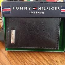 Tommy Hilfiger Trifold Black Wallet New in Box Photo