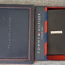 Tommy Hilfiger Trifold Wallet Black in Gift-Box Photo
