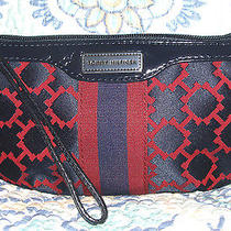 Tommy Hilfiger Wristlet Bag Wallet Makeup Purse Fits Smartphone Iphone Nwt Photo