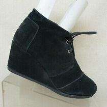 Toms Black Suede Lace Wedge Fashion Boots Booties Womens Size 9 Style 380515 Photo